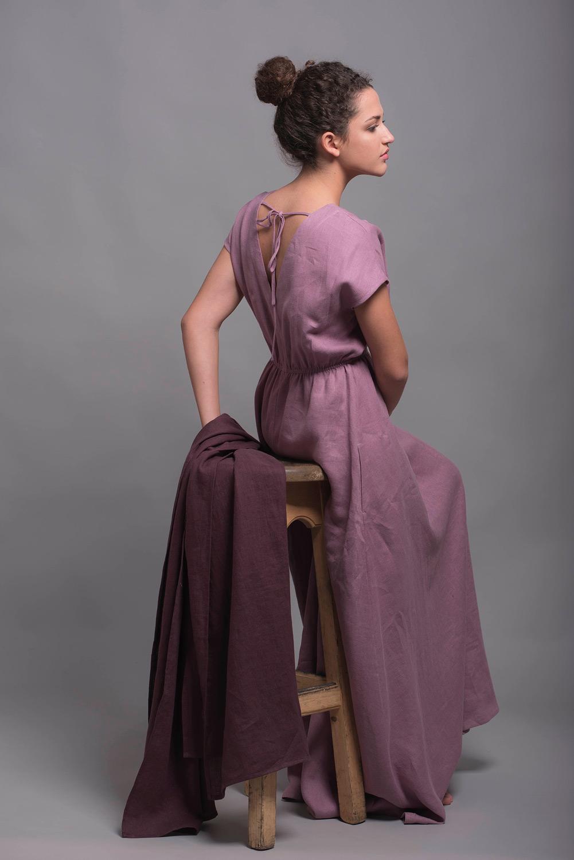 Длинное льняное платье с открытой спиной EVA