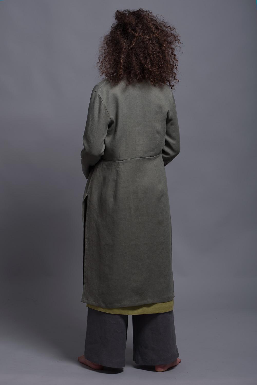 женский льняной жакет с высокими боковыми разрезами TOLLO